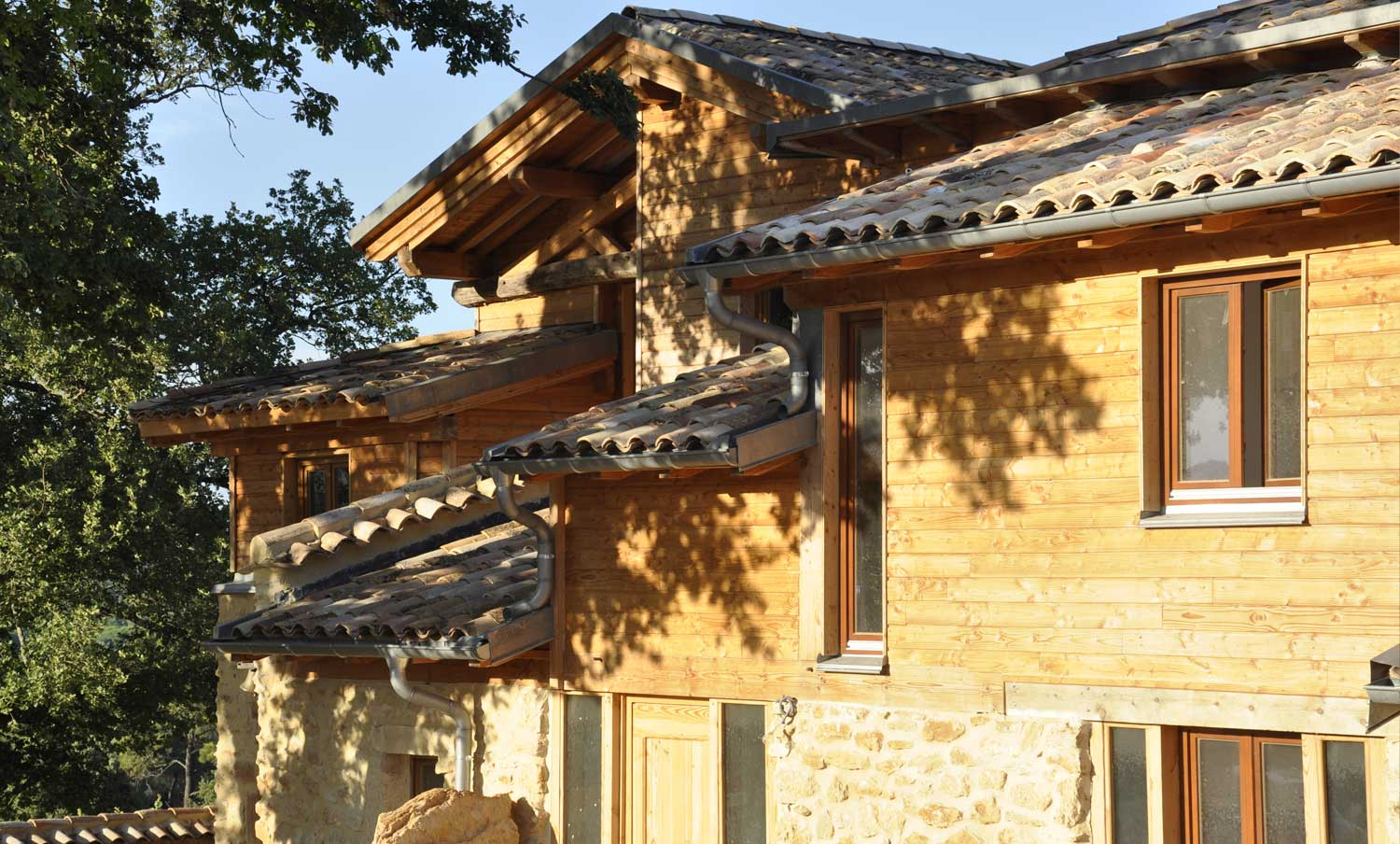 Holiday rental in the Gard, France - Apartmentsstone-house